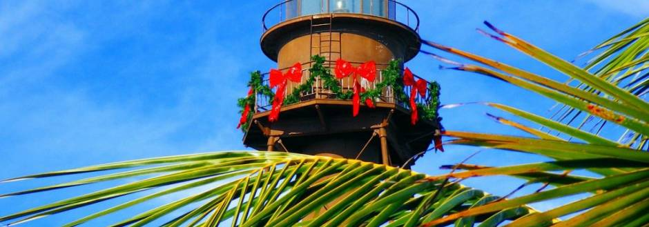Sanibel Lighthouse decorated for christmas